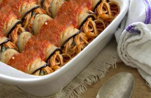 Involtini di melanzane e spaghetti olio extravergine di oliva Piave
